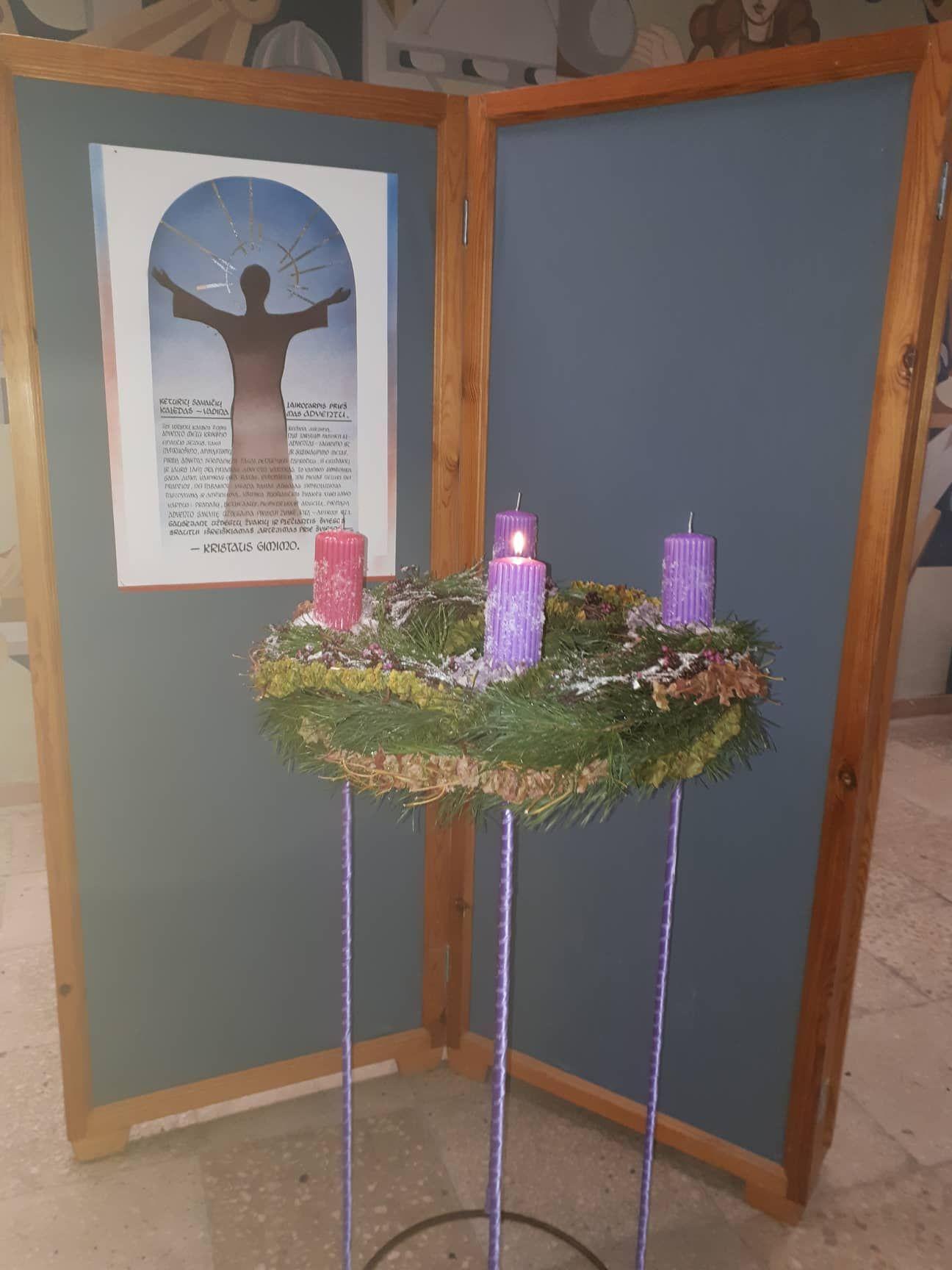 Centro bendruomenė pasitinka Adventą nuotoliniu būdu